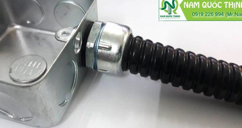Đầu nối ống mềm kín nước